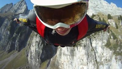 Géraldine wingsuit
