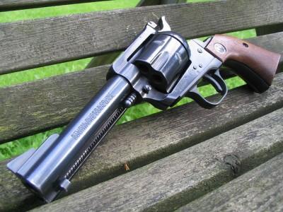 Ruger Blackhawk in .357/9mm