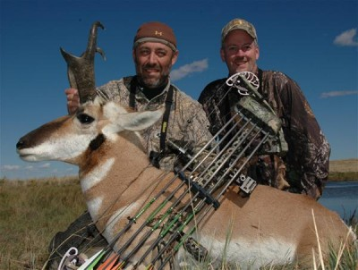 Decoying pronghorns