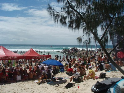 Crowd on beach during Quiksilver Pro 2008