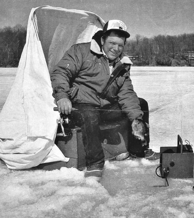The ice fishing revolution in list form outdoorhub for Dave genz fish trap