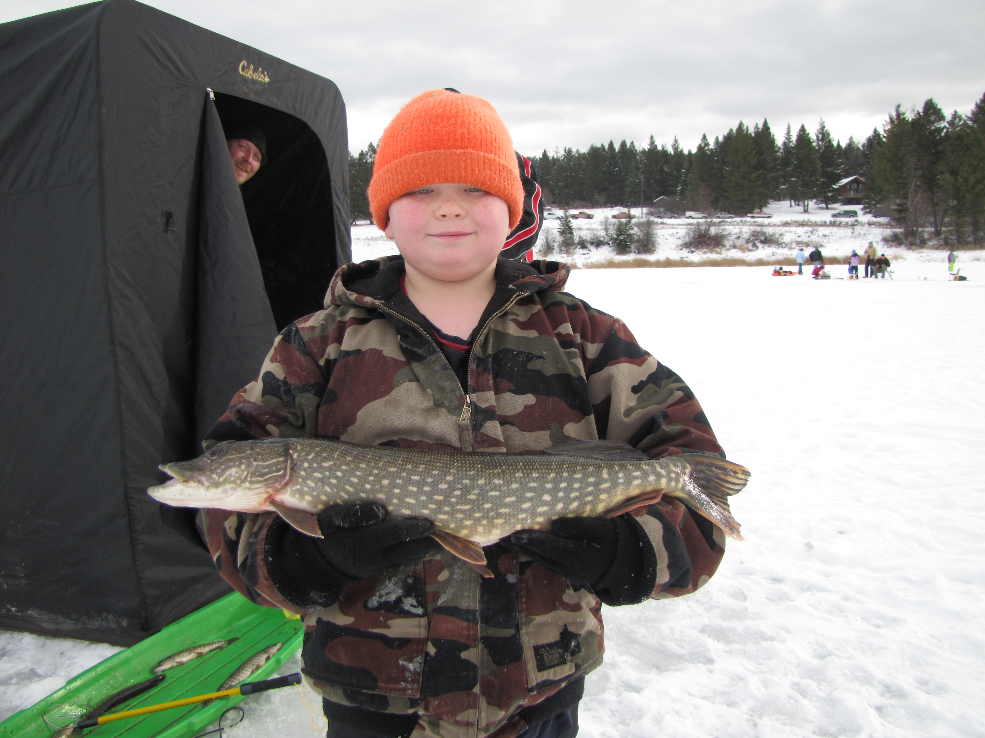 Sunriser lions ice fishing derby draws 300 anglers in for Fishing in montana