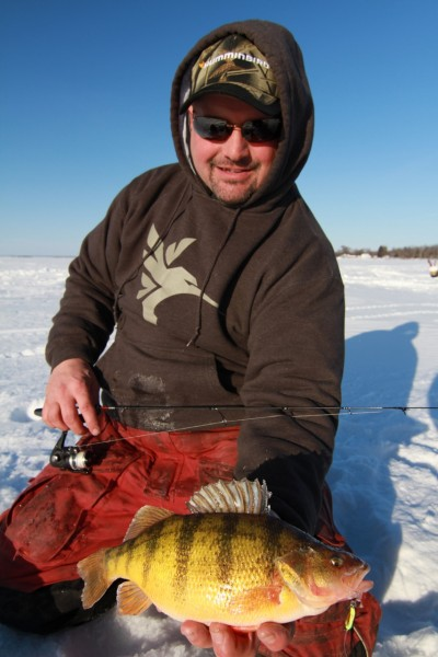 Using electronics and a series of three 'calls,' Jason Felder consistently ices mid- to late-season perch.