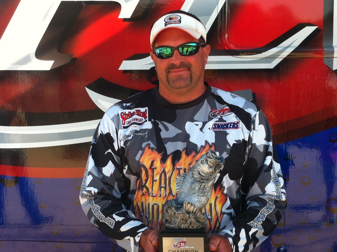 Prough wins walmart bass fishing league bulldog division for Fishing license ga walmart