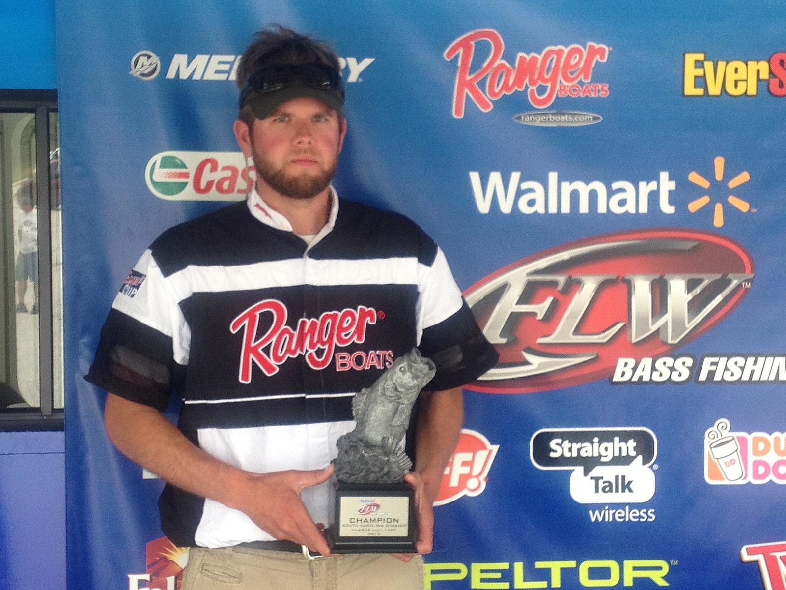 Compton wins walmart bass fishing league south carolina for Walmart fishing stuff