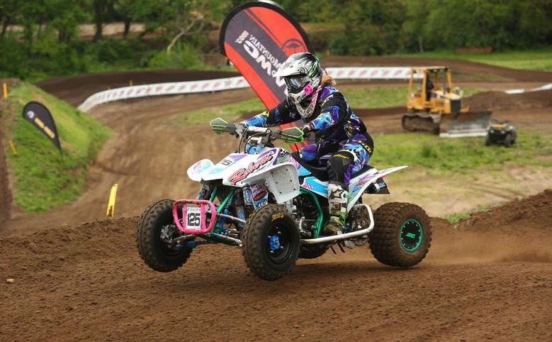 Buerster Motorsports / ITP racer Chloe Buerster, who was third in the Women's class, swept the Open B class motos for the overall win at round five in Illinois.