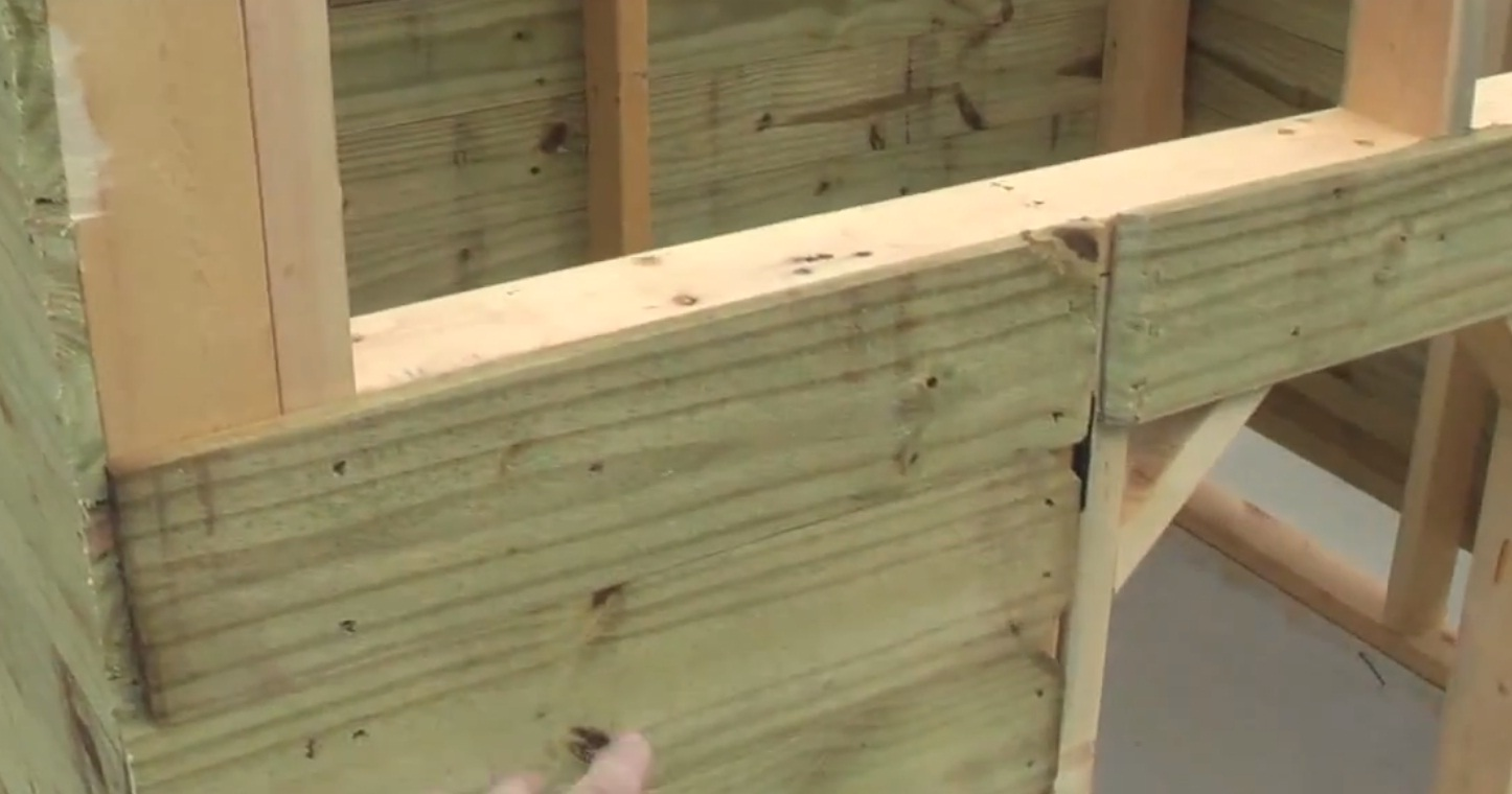 Alabama students build box blinds for handicapped hunters for How to build a box stand