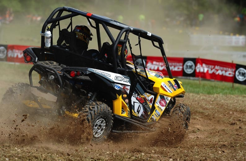 Tim Farr, with wife Julie as passenger, used ITP Terracross R/T XD tires on his SxS to finish sixth in the UTV XC1 Modified class at The John Penton GNCC in Ohio.