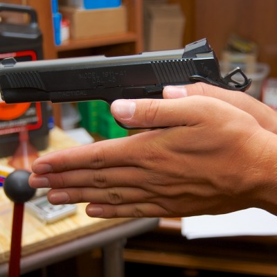 Proper handgun grip Step 3