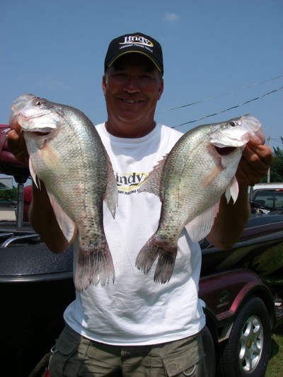 How to catch shore bound crappie this fall outdoorhub for How to fish for crappie from the bank