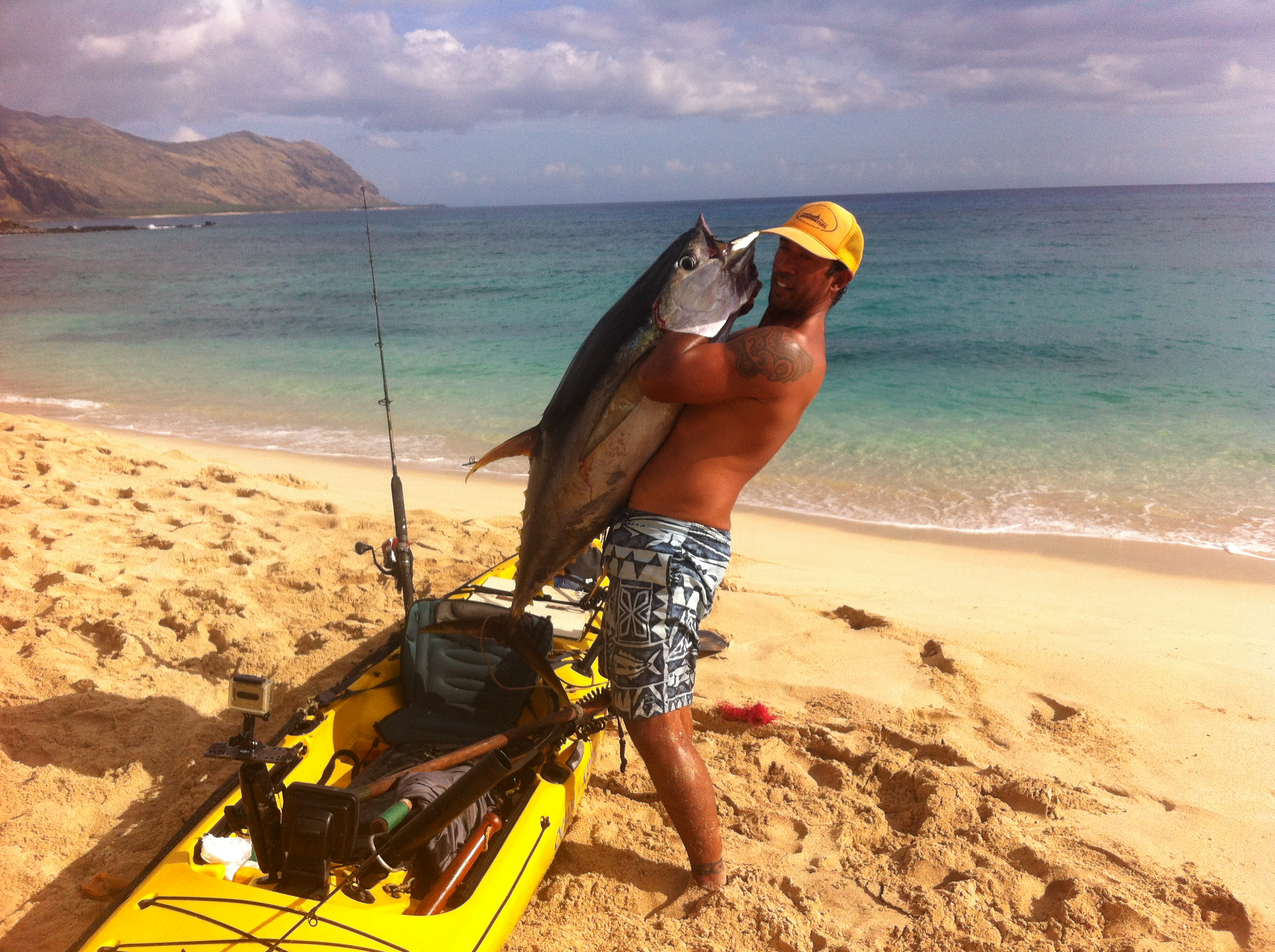 Kayak angler shark battler interview with isaac rocket for Kayak fishing hawaii
