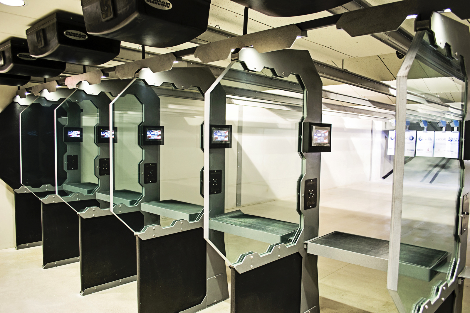Illinois shooting range braces for new concealed carry law for Indoor range design