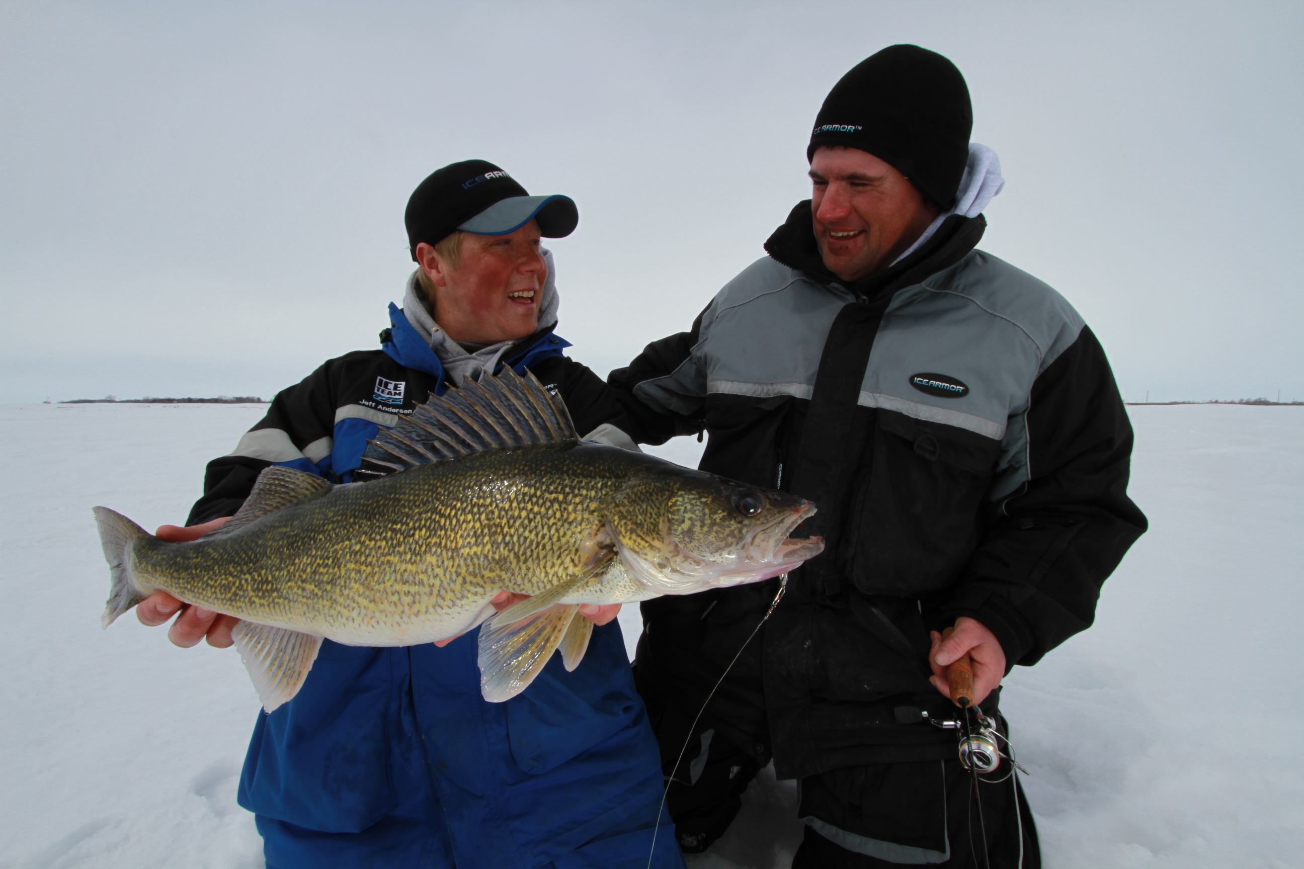 Ice team tips first ice walleyes outdoorhub for Ice fishing walleye videos