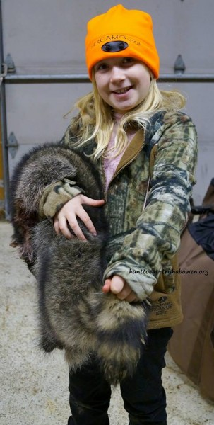 Alexis, age 10 of Medford, Wisconsin, worked traps for raccoons with her mom, Trisha Bowen this fall. Image courtesy Trisha Bowen.