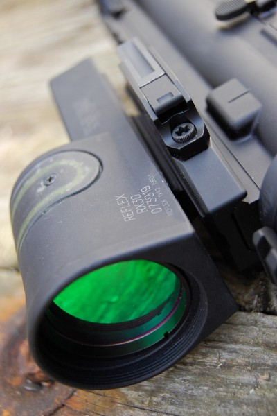 The RX30 sports a 42mm objective lens with a 6.5 MOA dot.
