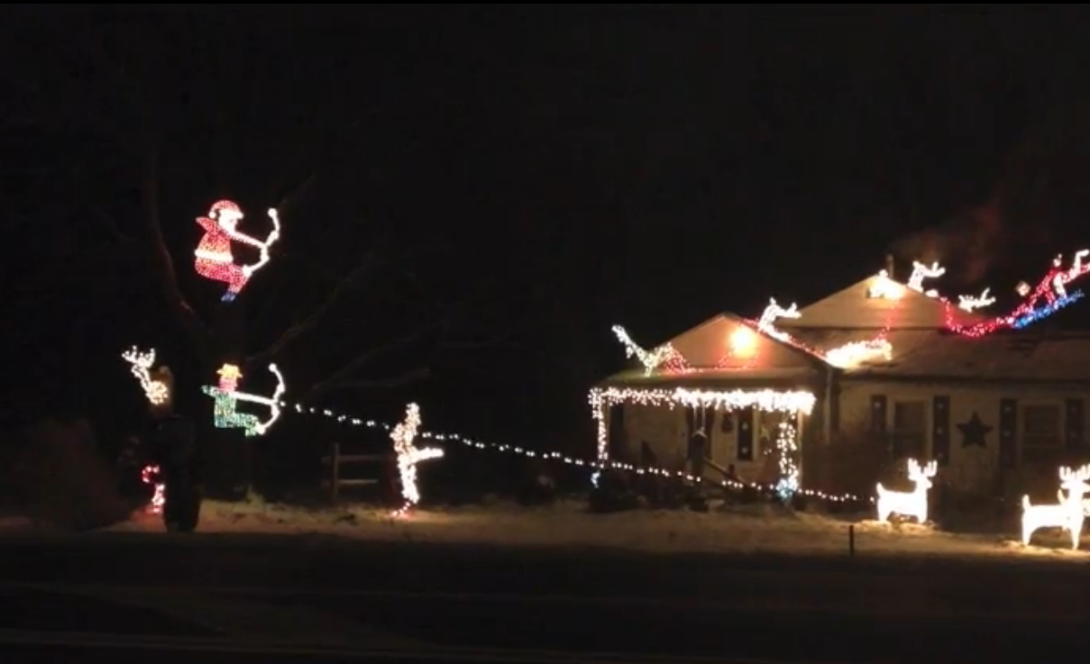 Outdoor Flashing Christmas Lights