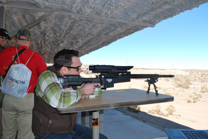 OutdoorHub's Colin Anthony shoots the TrackingPoint 1000 Series 300T rifle chambered in .300 Win Mag.