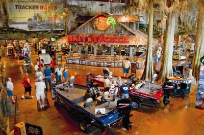 Expansive boat showrooms offer Tracker, Nitro, SunTracker, Tahoe, Grizzly and Mako boats built by Tracker Marine Group, the world's largest manufacturer of fishing boats.