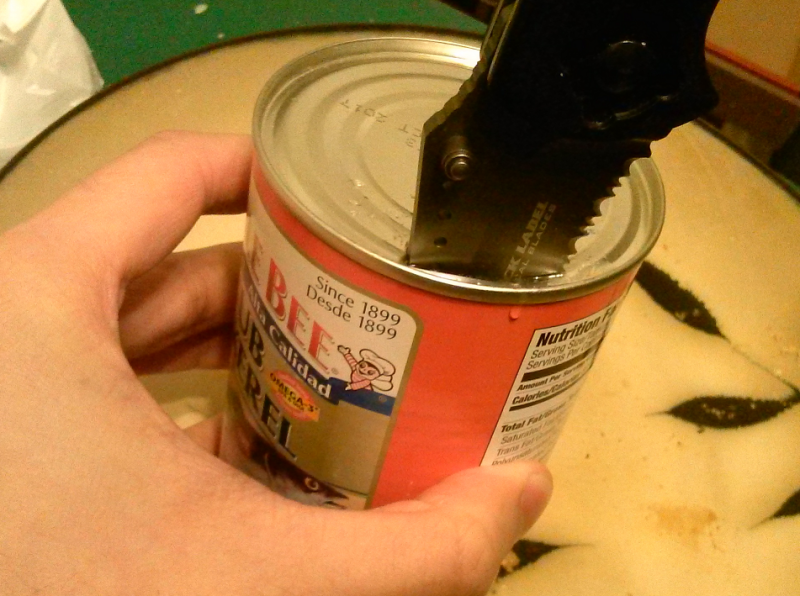 There are better ways of opening a can of delicious chub mackerel, but the Integrity proves it can handle the chisel method.