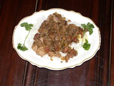 A fresh dish of nutria sauce picante.