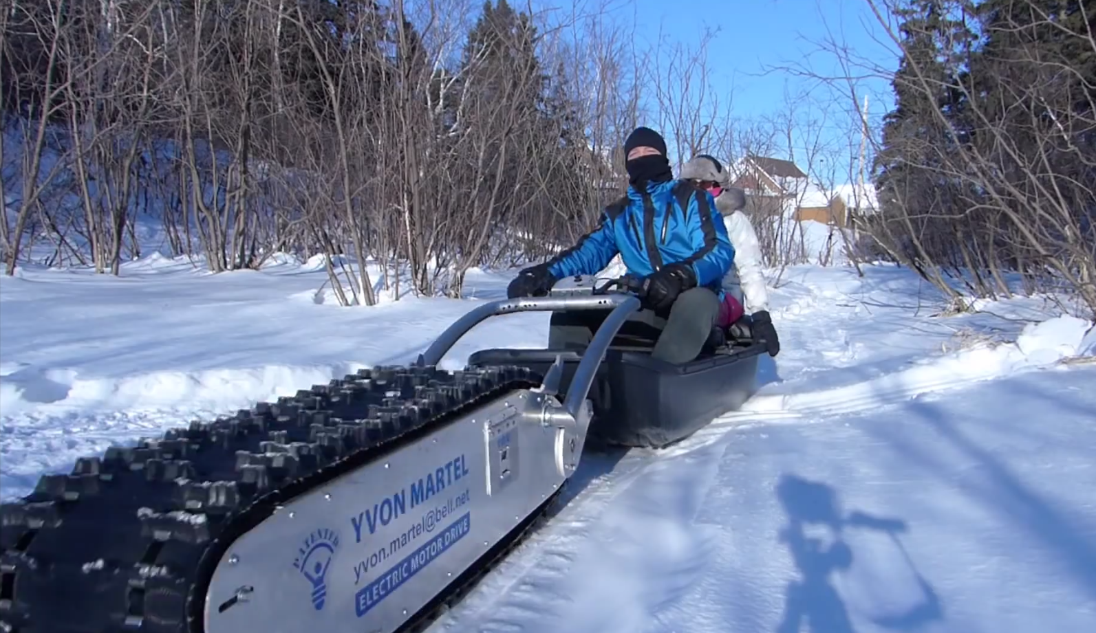 Video: Quebec Inventor Creates Personal Tracked Vehicle