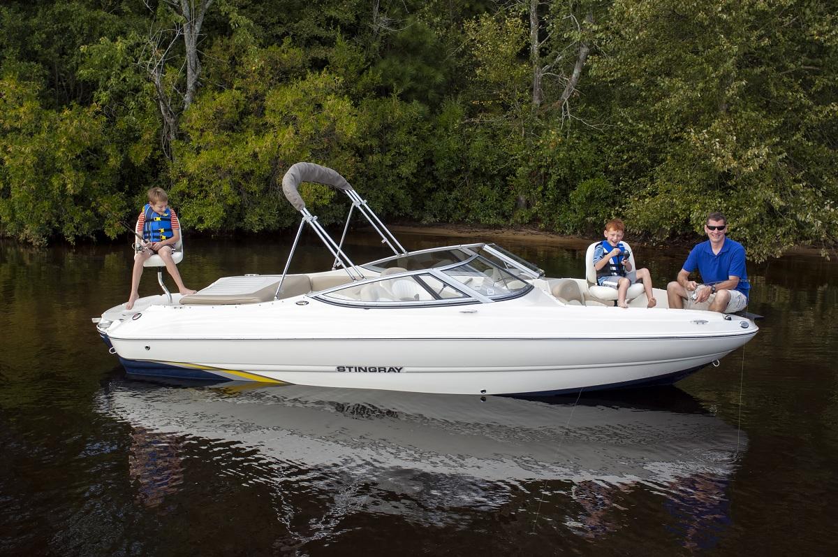 safe fishing tips for national safe boating week outdoorhub. Black Bedroom Furniture Sets. Home Design Ideas