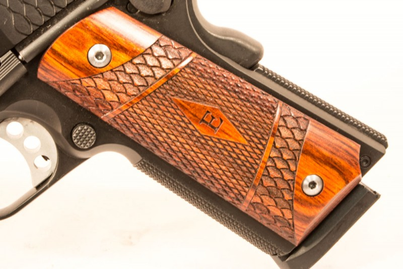 The author loved the look and feel of the SW1911TA's grips.