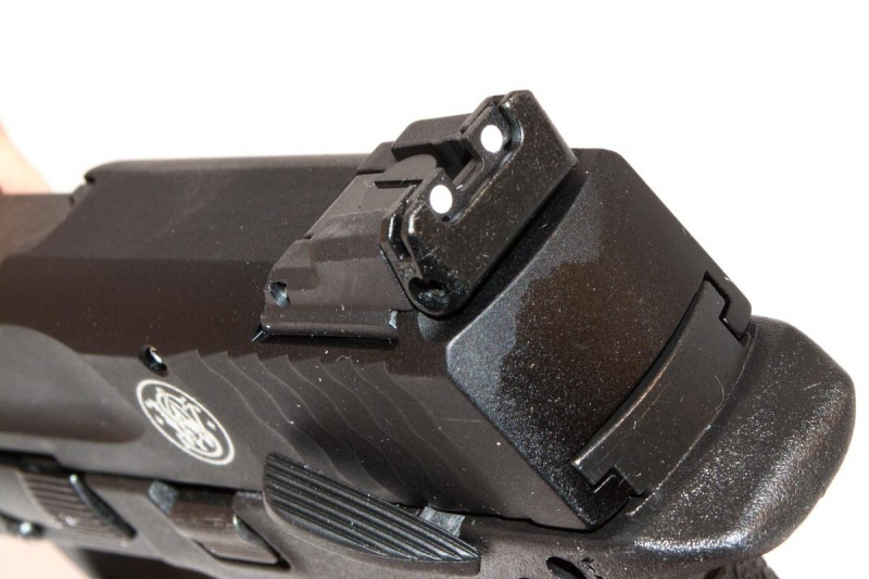One of the many improvements from the 2011 original: better adjustable sights.