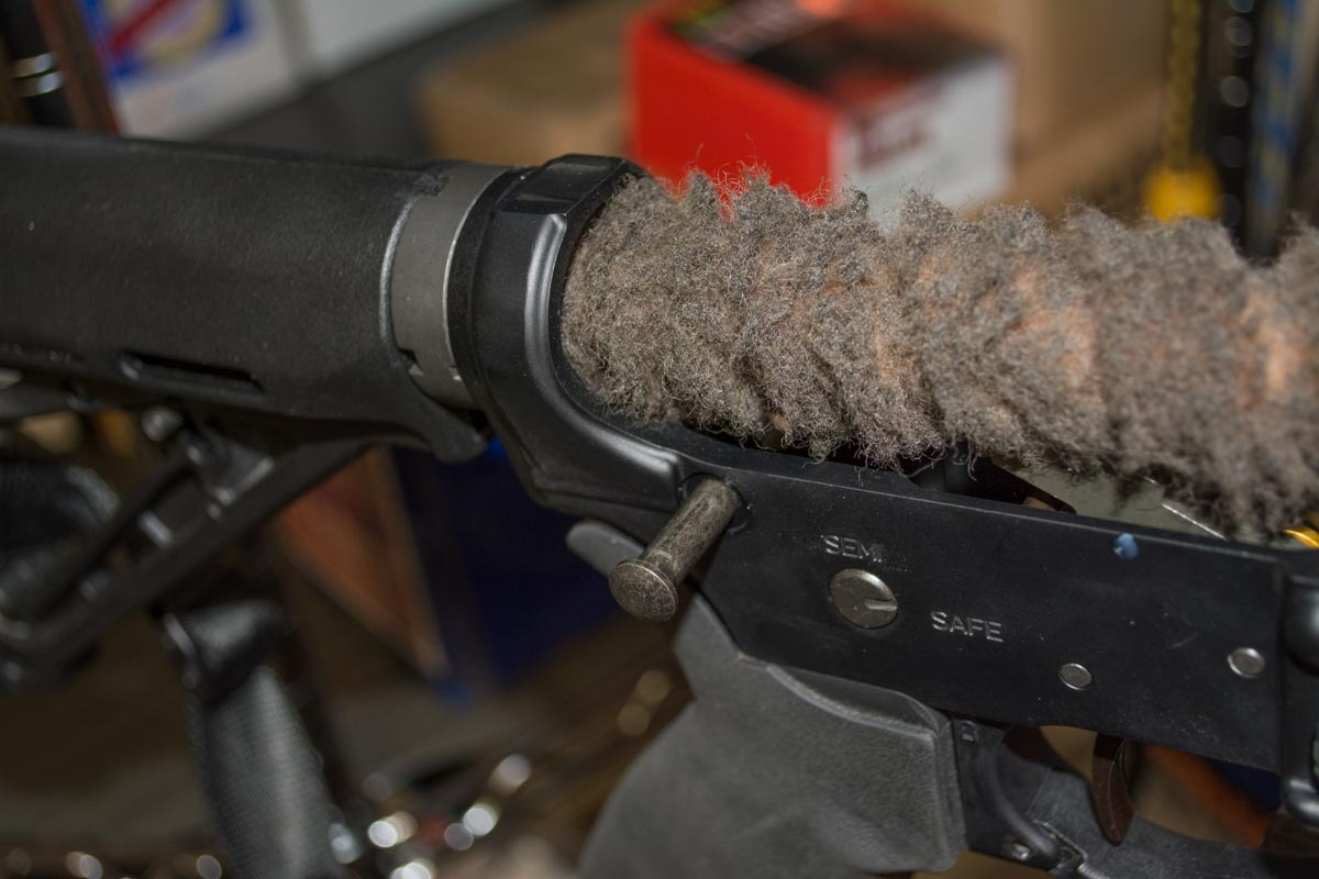 Ar-15 Hacks How To Clean Your Rifle Like A Boss  Outdoorhub-4412