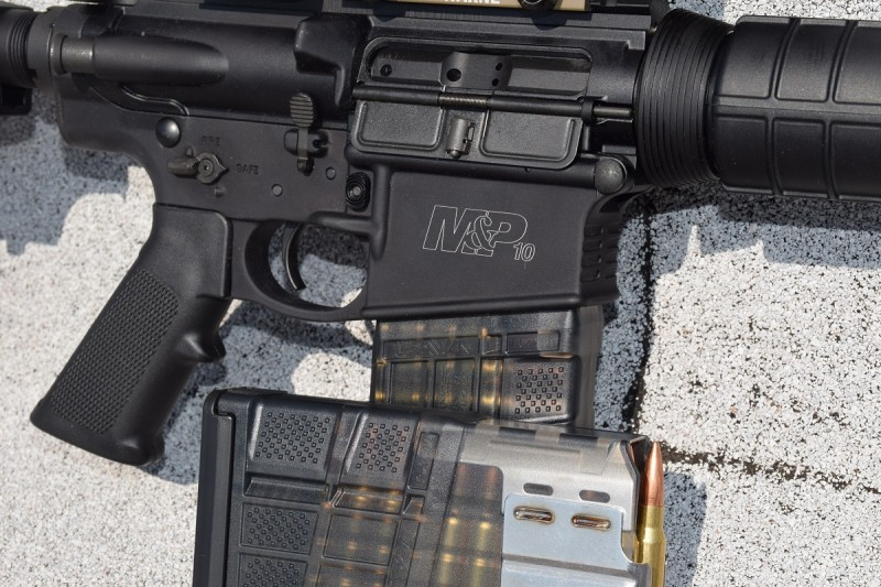 The M&P10 utilizes DPMS/SR-25 pattern magazines. The author preferred using the new Lancer L7AWMs seen here.