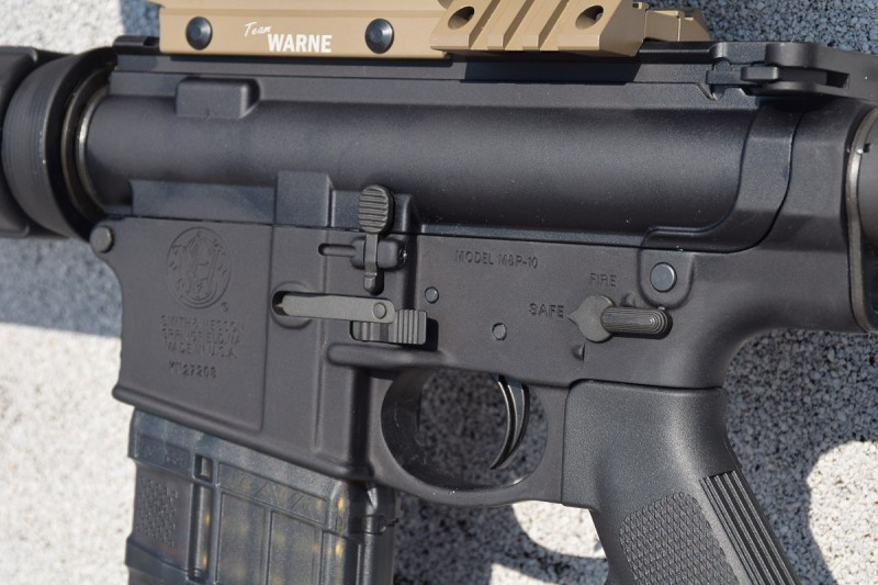 The M&P10's fire controls are fully ambidextrous.