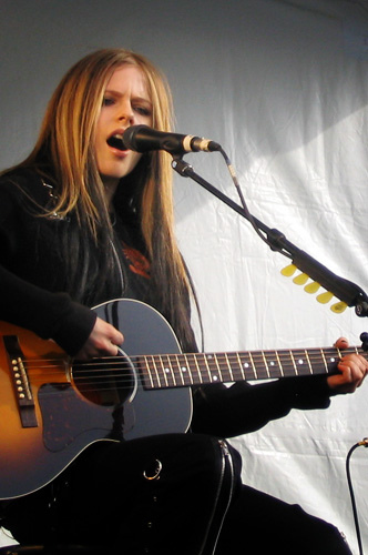 Avril Lavigne during her promotional tour for Under My Skin in Vancouver. Image from user Zhi on the Wikimedia Commons.