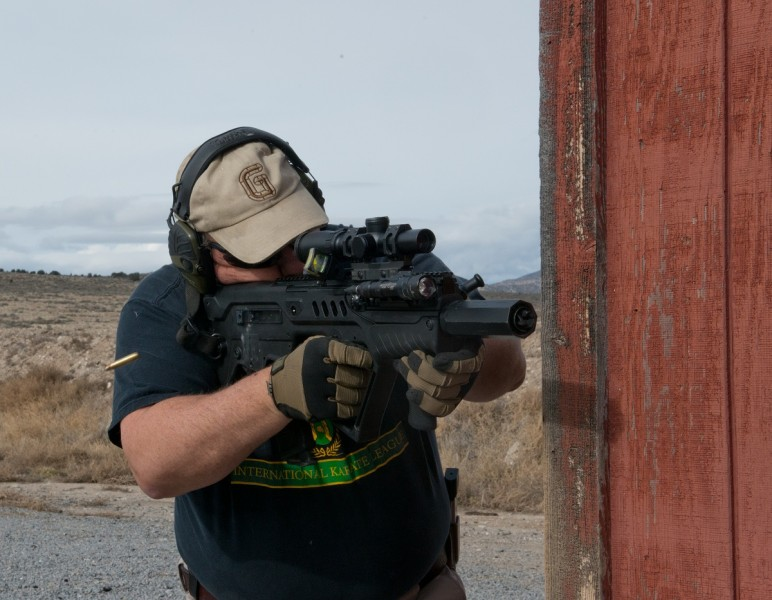 The author used a Bushnell 1-6.5x Elite Tactical scope on his Tavor for accuracy testing.