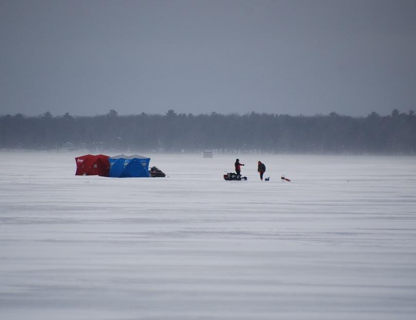 Iowa Ice Fisherman Survives Crash Through Lake, Trek Back ...
