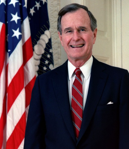 800px-George_H._W._Bush,_President_of_the_United_States,_1989_official_portrait