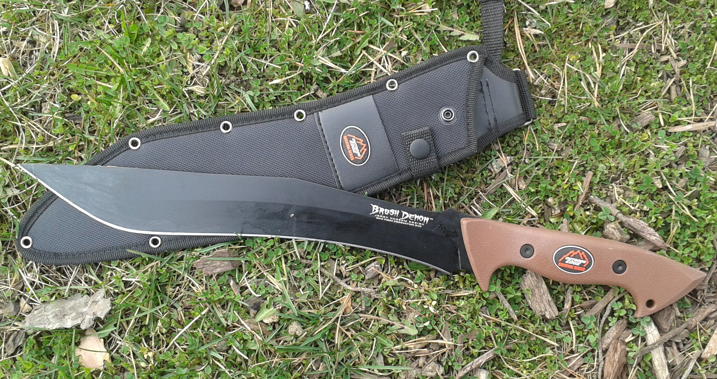 10 New Outdoor Knives And Tools To Keep An Eye On In 2015