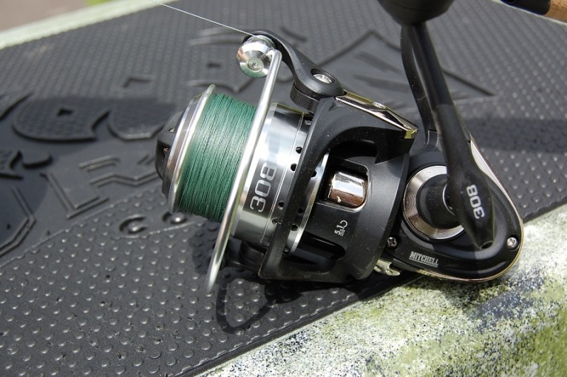 The Mitchell Bail Halo design makes the reel extremely strong and durable while also keeping the line from getting tangled under the spool.