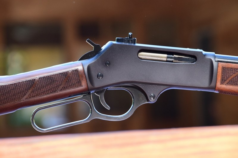 The H009 features a steel receiver and a round barrel and weighs in at seven pounds. The H009B model features a brass receiver and octagonal barrel, and tips the scales at 8.5 pounds.