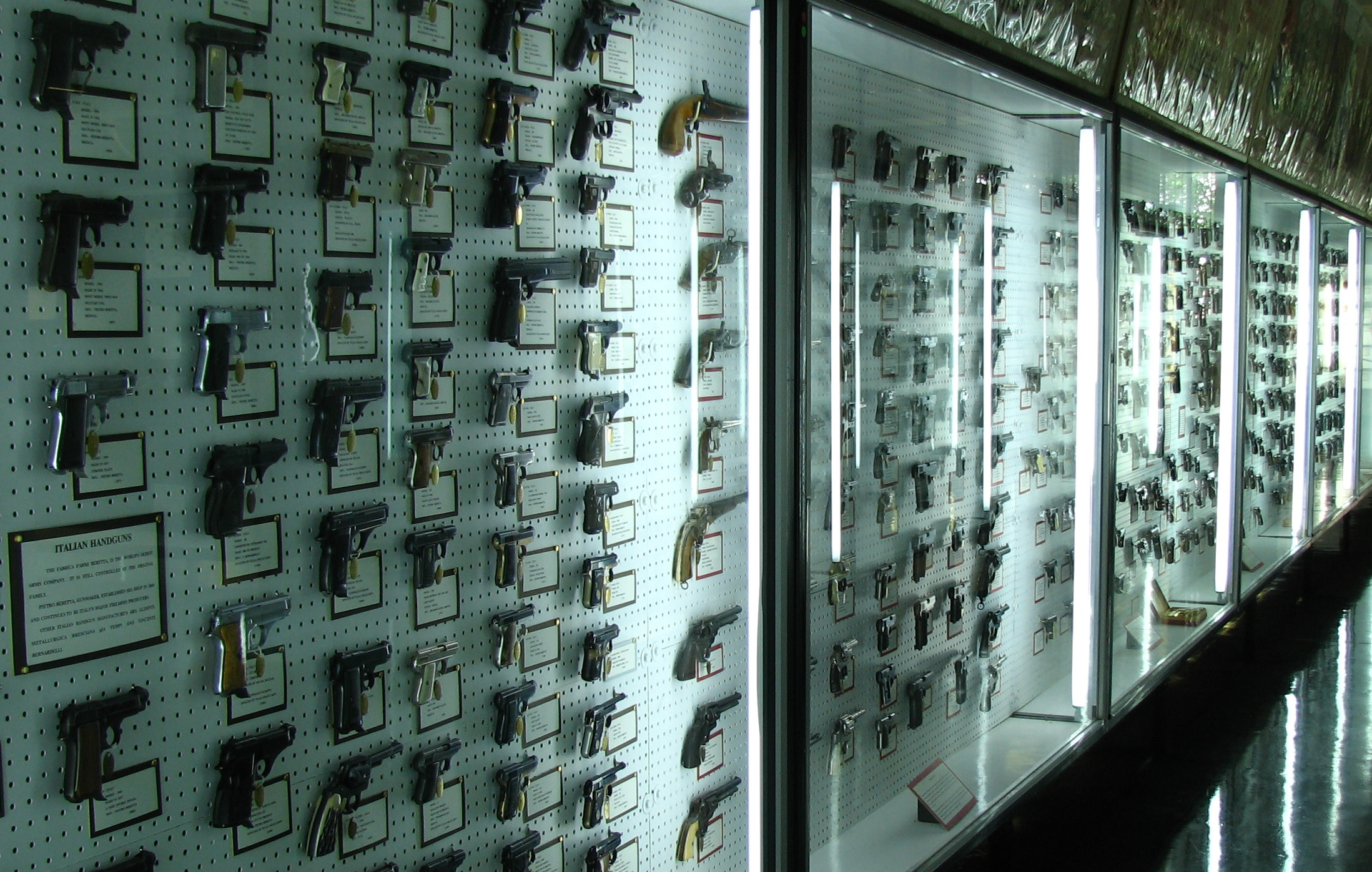 Jawdroppingly Extensive Gun Collections OutdoorHub - Gun museums in usa