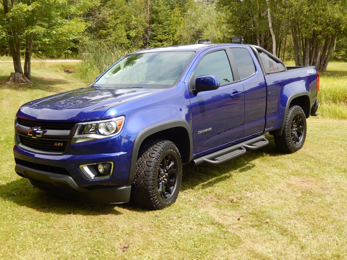 chevrolet unleashes the 2016 colorado z71 trail boss. Black Bedroom Furniture Sets. Home Design Ideas