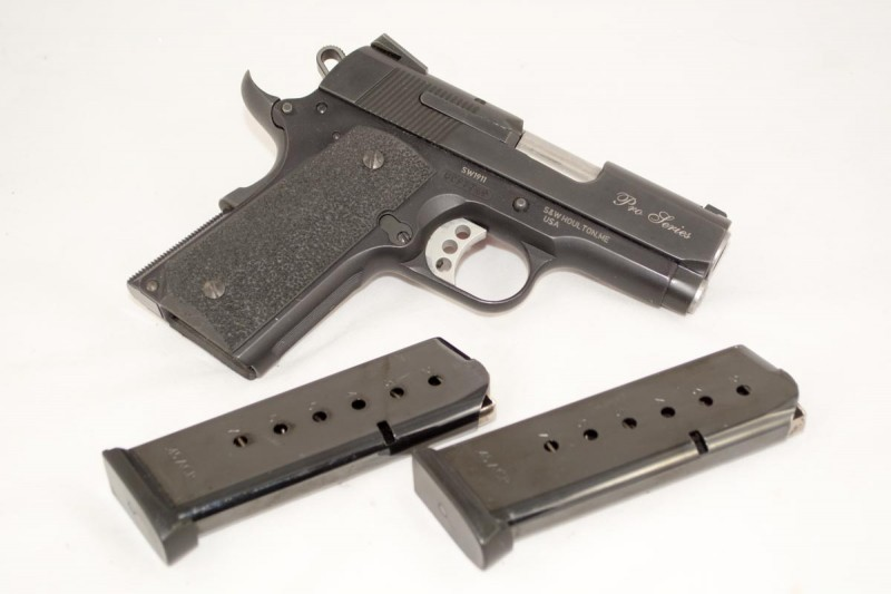 The SW1911 Pro Series comes with two (7) round magazines.