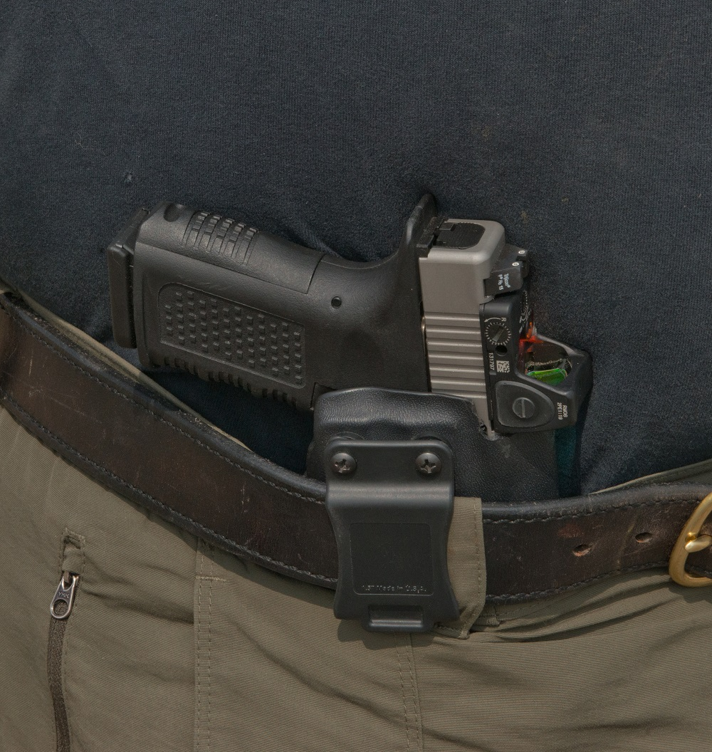 Carrying a Pistol with a Red Dot Sight | OutdoorHub