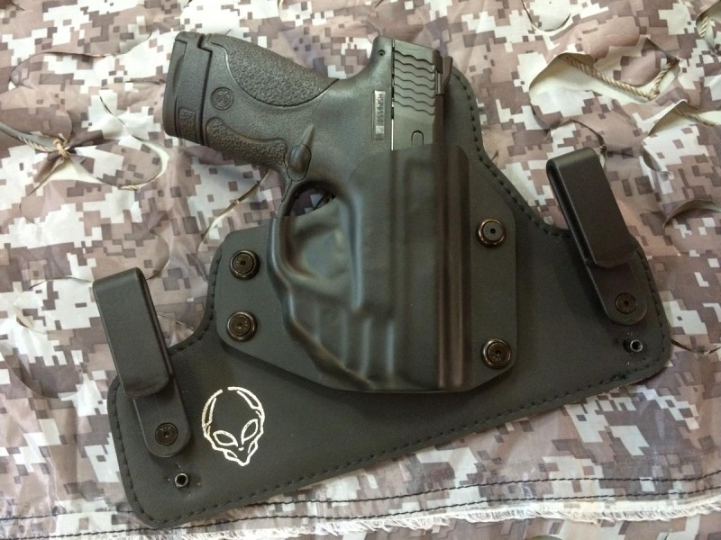This Alien Gear convertible IWB / OWB holster worked well with the Shield and was shaped to accommodate a Crimson Trace Laserguard.