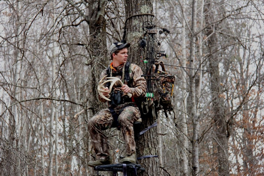 Rattling and calling are very effective in the pre-rut period. Bucks are susceptible to these tactics at the end of October.