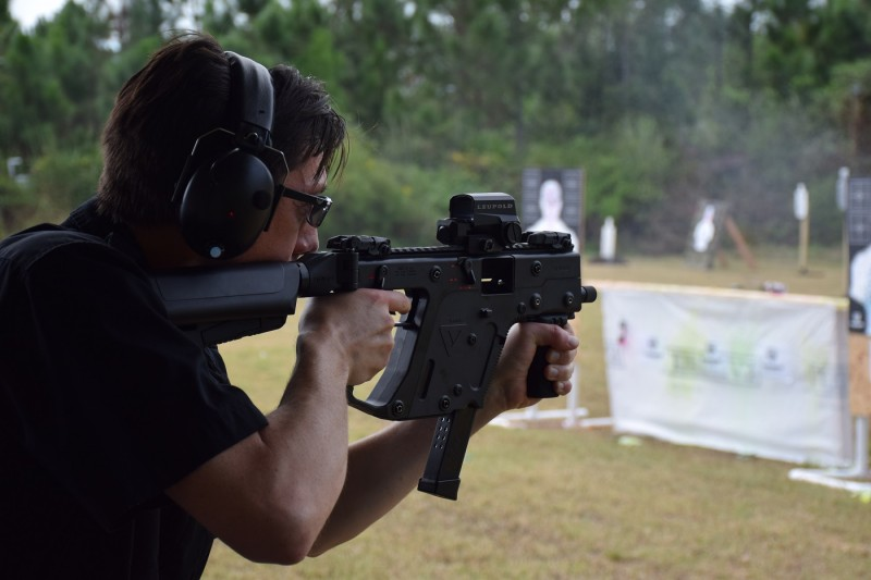 Kevin from SGM Tactical shoots the 9x19mm Kriss Vector submachine gun.