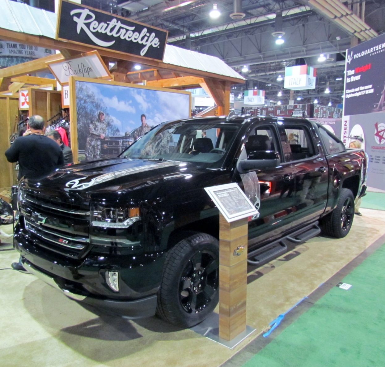 Silverado Realtree Edition >> Chevy Reveals 2016 Silverado Realtree Edition | OutdoorHub