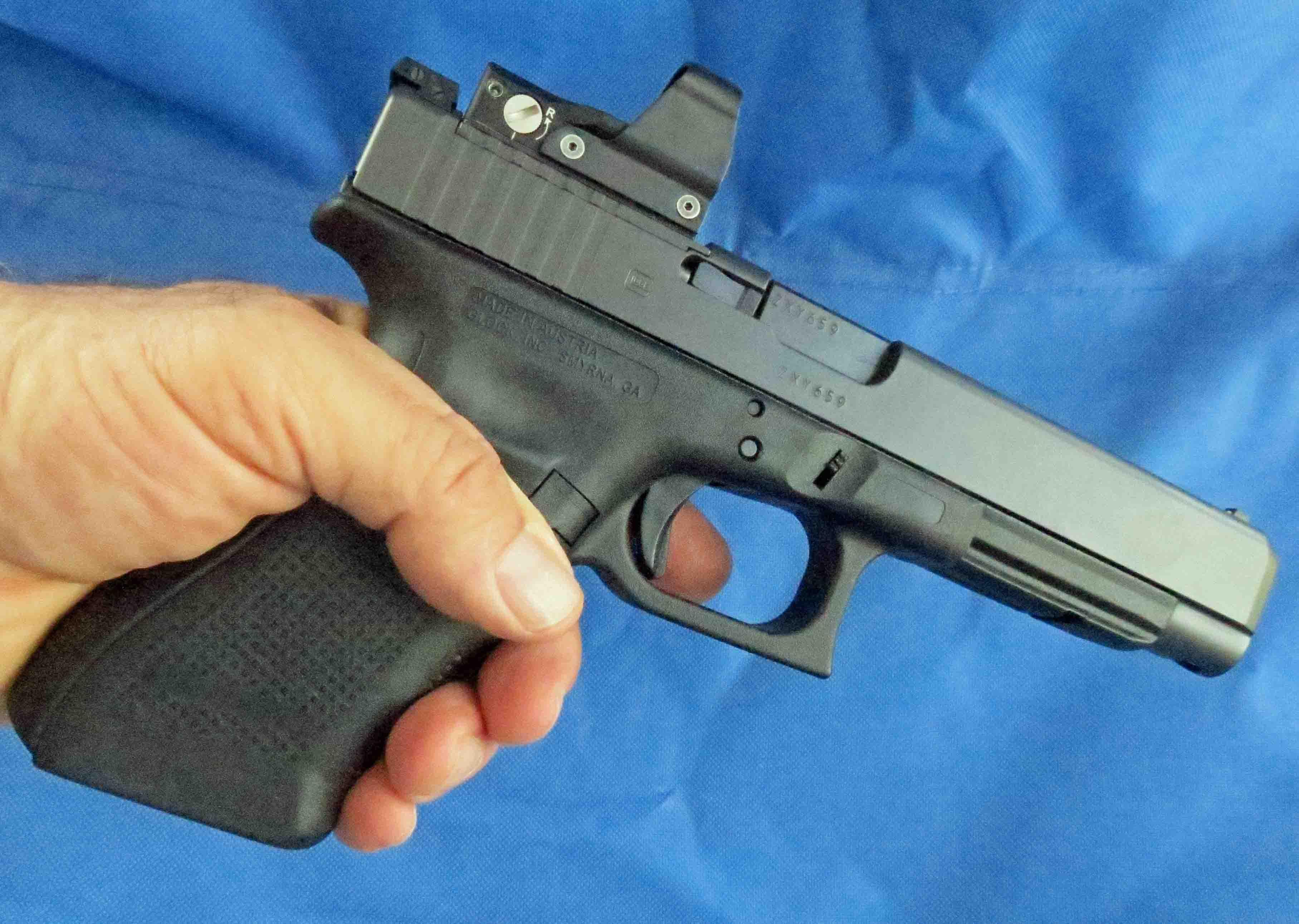 Review: Glock 40 Gen4 MOS - OutdoorHub