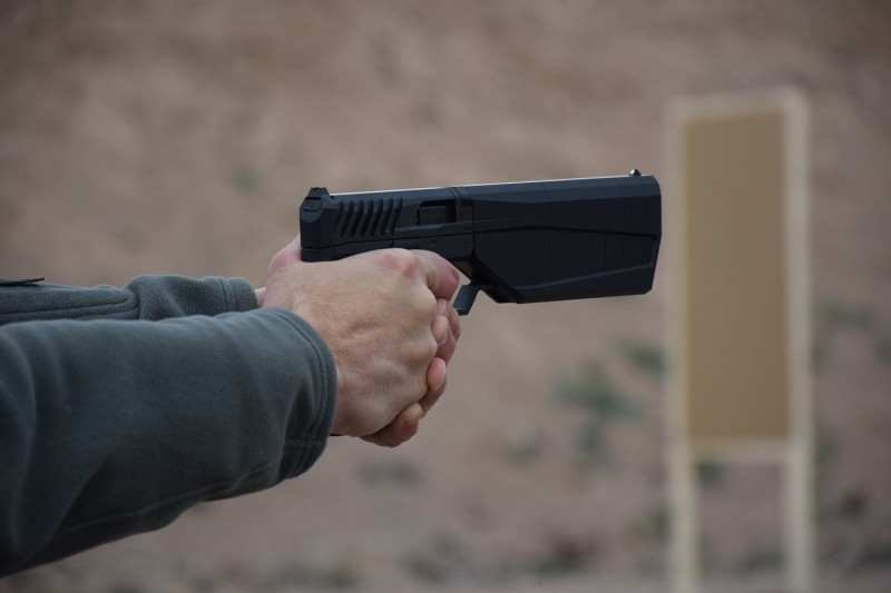 Despite the large integral suppressor, the Maxim 9 is still quite nicely balanced.