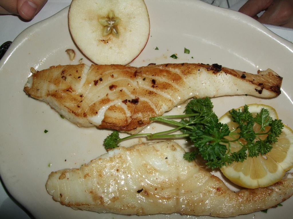 Walleye vs cod taste for Best tasting fish