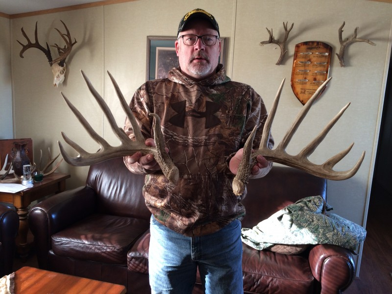 The author holds a pair of shed antlers that illustrate the size of the Duvall County bucks found in South Texas near Freer.